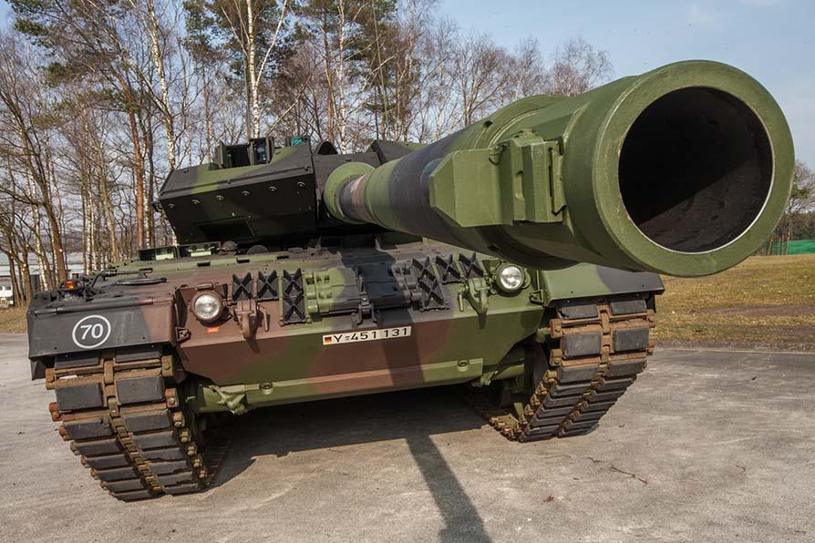 Risultati immagini per carri armati in germania