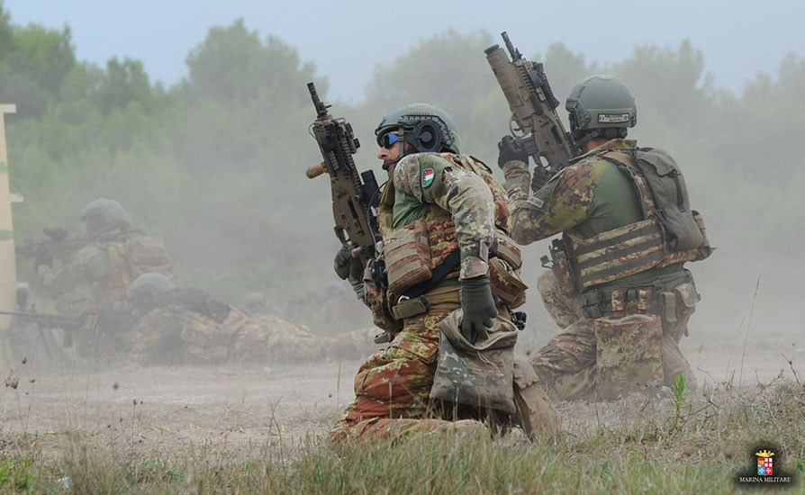 Addestramento di eccellenza per la brigata marina San Marco ...