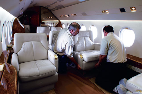 Le condizioni ideali per l industria aeronautica dalla for Grandi jet d affari in cabina