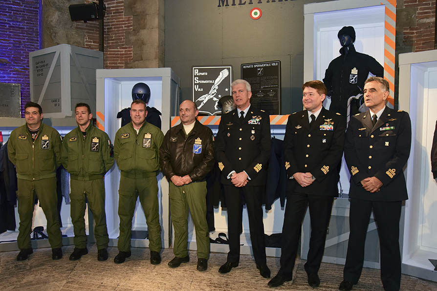 Ufficio Generale Per La Comunicazione Aeronautica Militare : Il generale vecciarelli nuovo capo di stato maggiore aeronautica