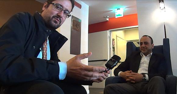 Intervista al responsabile delle relazioni internazionali for Intervista sinonimo