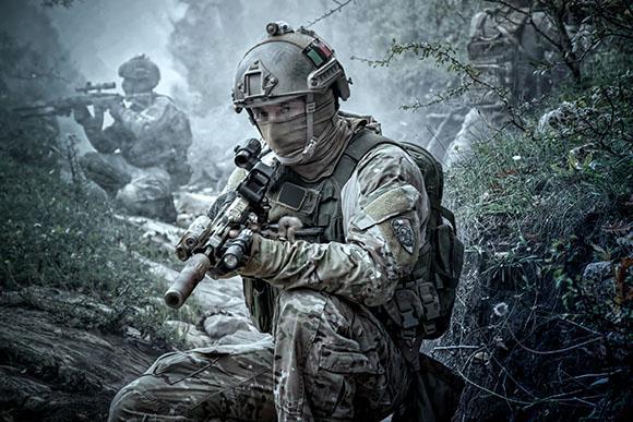 Gli Arditi Incursori della Marina Militare - Difesa Online e7d471109254