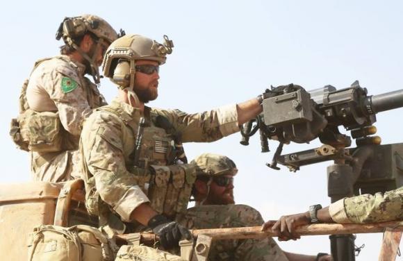 Siria, arrivati i Marines Usa per offensiva a Raqqa
