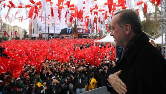 Erdogan rieletto presidente della Turchia, vince al primo turno